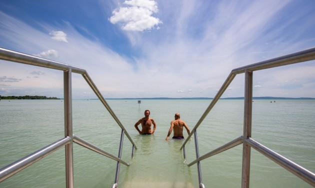 Indulhat a szezon a megújult zánkai strandon