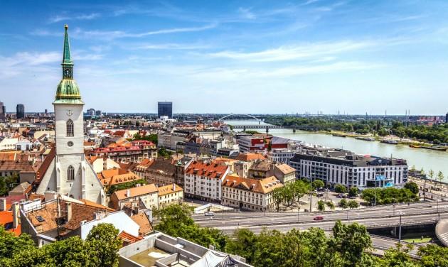 Szlovákiában meghosszabbították a veszélyhelyzetet