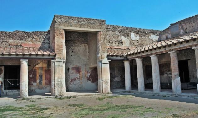 Negyven év után újra látogatható a pompeji Szerelmesek háza