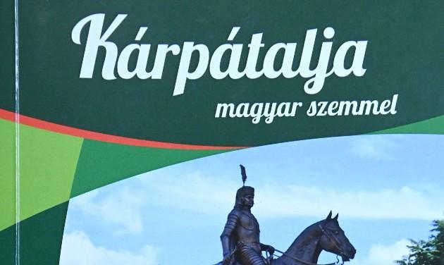 Bemutatták a Kárpátalja magyar szemmel című útikönyvet