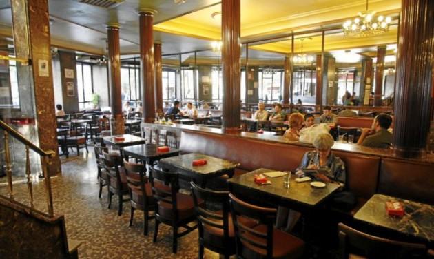Újranyitott Madrid legrégebbi kávéháza