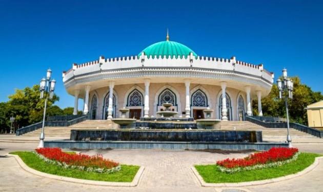 Üzbég és magyar nemzeti étterem is lesz