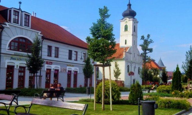 Gödöllő turns main square into city park in Ft 464 million upgrade