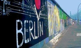 """A DZT és a Goethe Intézet diákversenyt hirdet a """"25 éves a német egység"""