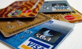 Népszerűek a bankkártya biztosítások