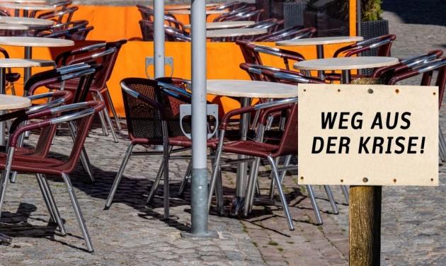 Felére zuhant a német vendéglátóipar forgalma a járvány miatt