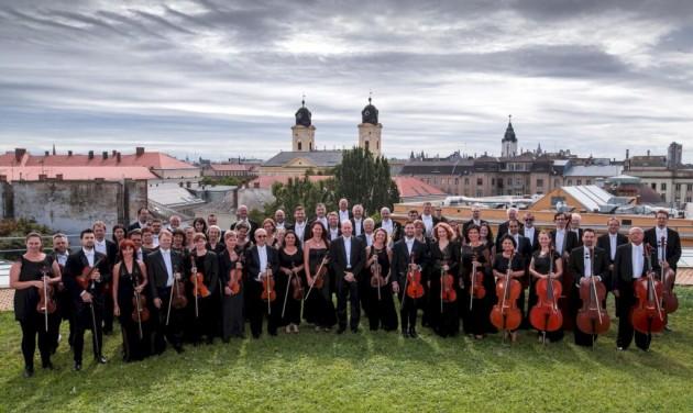 Grand opening, olimpiai selejtező, állatkerti koncertek és dizájn Debrecenben