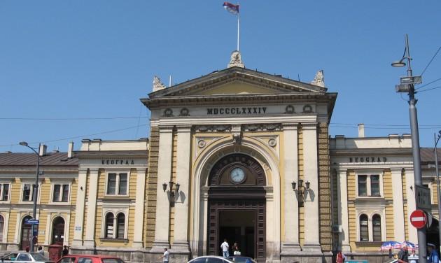 Bezárt a belgrádi főpályaudvar