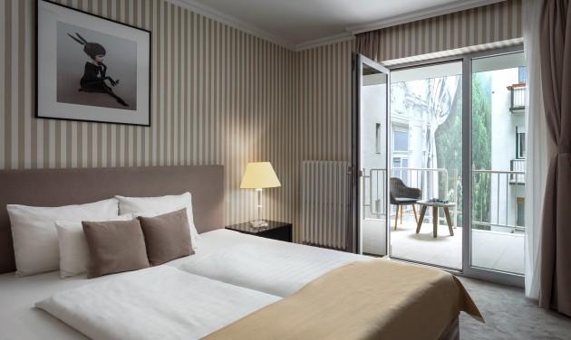 A Budapest belvárosában működő Ambra Hotel****  Recepciós kollégát keres