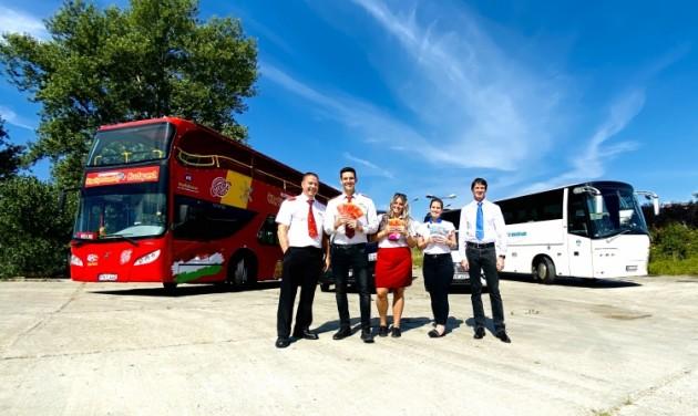 Újraindulnak a hop-on hop-off buszok Budapesten
