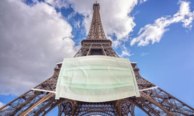 Párizsban és nyolc francia nagyvárosban kijárási tilalmat vezetnek be