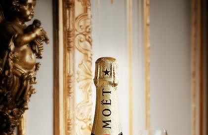 A CegesHelyszinek.hu Moët & Chandon pezsgőkkel vár a MICE Business Day-en