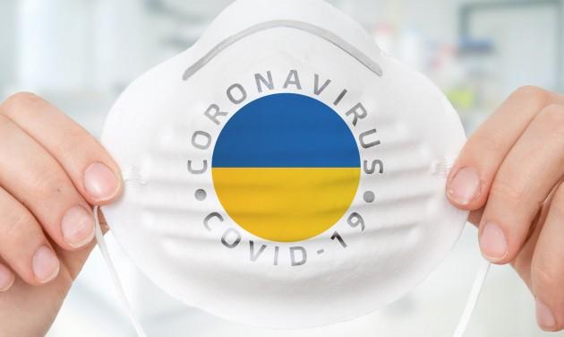 Ukrajnában csak oltási igazolással vagy negatív PCR-teszttel lehet a megyék között utazni
