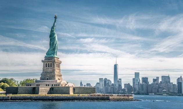 Az USA nem akarja elsietni a beutazási korlátozások feloldását