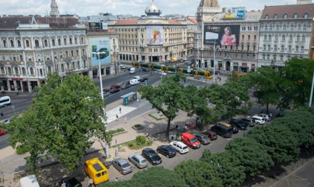 Megkezdődött a Blaha Lujza tér átépítése