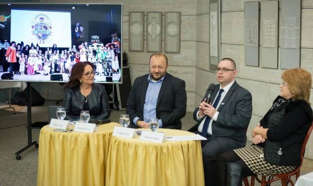 Hétvégén Farsangnyitó Dalidó Debrecenben