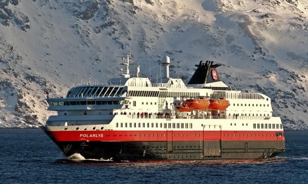 Jönnek a környezetvédő hajók