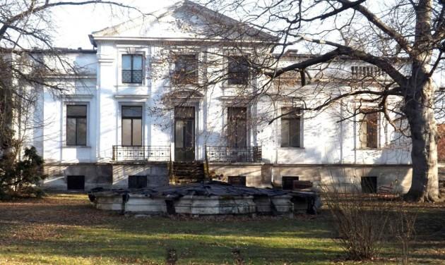 Felújítják a soproni Lenck-villát