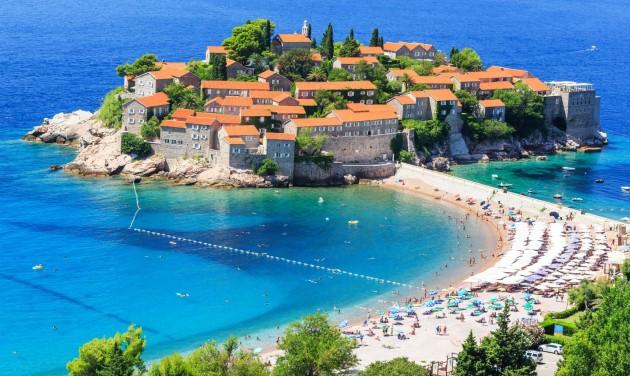 Mélyrepülésre számít a turizmusban Montenegró és Bosznia