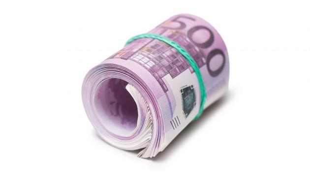 Mórahalmi recepciós buktatta le a hamis 500 euróssal fizető vendéget
