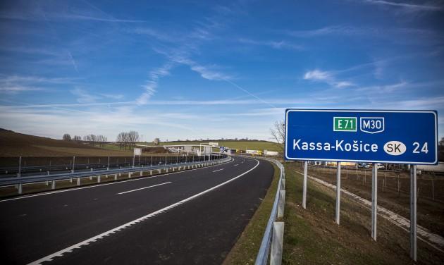Uniós támogatás segíti az M30-as autópálya befejezését