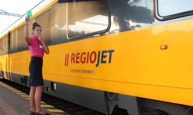 Vonat indul a Budapest-Bécs-Brünn-Prága útvonalon