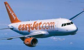 Otthagyja a késve érkező utasokat az easyJet