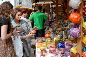 Tavaszi Vásár április 21-ig a Vörösmarty téren