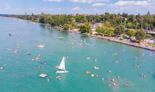 Belföldön maradna a nyaralni készülők többsége a Netrisk felmérése szerint
