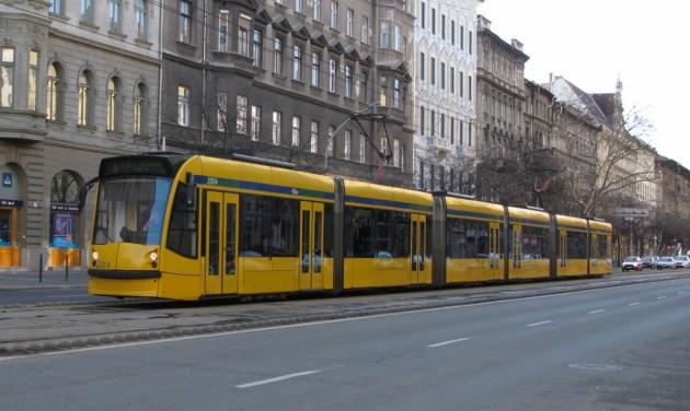 Egysávosra szűkül a közlekedés a Nagykörúton a nyáron