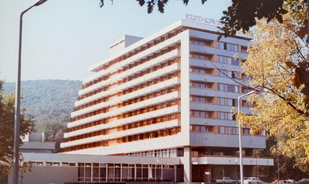 Ünnepel a soproni Szieszta, 50 éve tették le a szálloda alapkövét