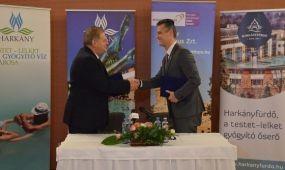 Együttműködési megállapodást kötött az MT Zrt. és a Magyar Fürdőszövetség