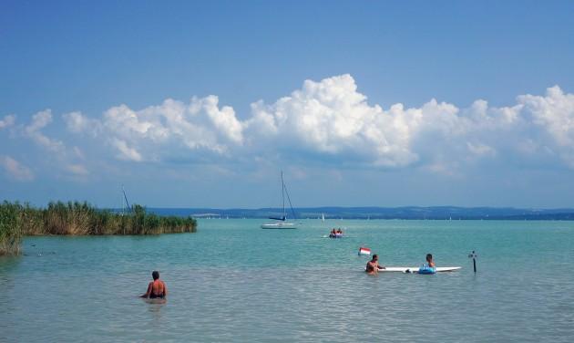 Az aktív korúak kétharmada tervez nyaralást az idén