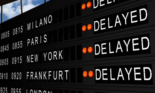 Lépéseket sürgetnek a reptéri késések miatt