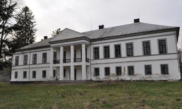 Marospetresen lesz Arad megye első wellness-kastélyszállója