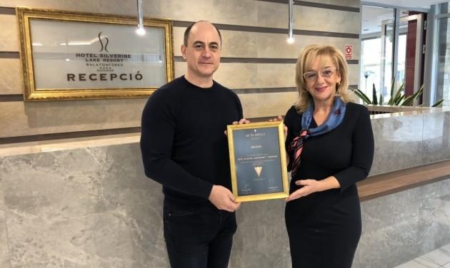 AZ ÉV HOTELE: A Balaton régióban is átadták a közönségdíjat