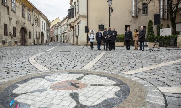 Kétmilliárdból újultak meg Soproni belvárosi utcái