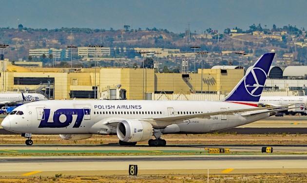 Zűrös transzatlanti járatok a LOT-nál