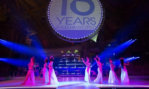 Időutazással ünnepelte 10. születésnapját az Aquaworld