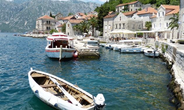 Montenegró a teljes lezárást fontolgatja