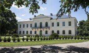 Átadták a teljesen felújított perkátai Győry-kastélyt