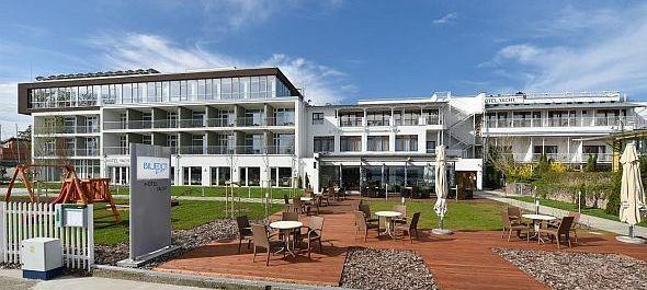 Hivatalosan is megnyílt a Hotel Yacht Siófokon