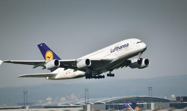 Árat emel jövőre a Lufthansa