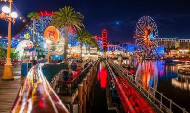 Disneyland nem marasztalja tükrökkel a turistákat