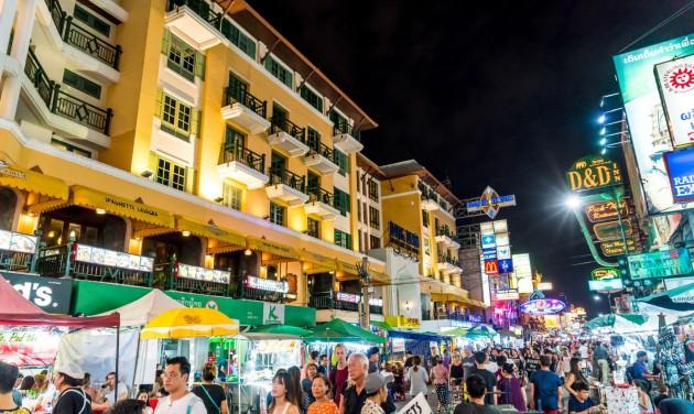 Óvatos lépésekkel indul újra az élet Thaiföldön