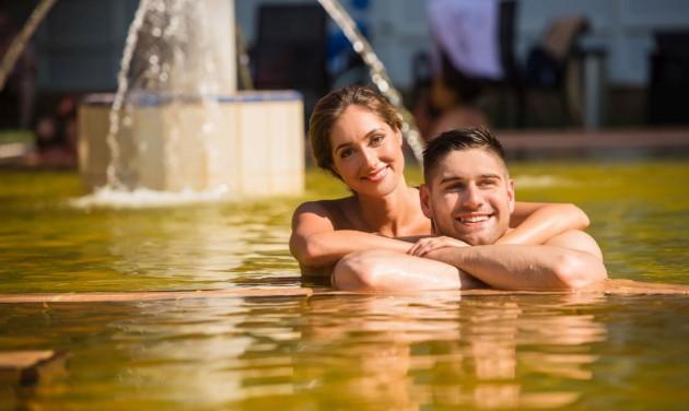 Újra üzemel az Aquaticum Termálfürdő felújított kültéri medencéje