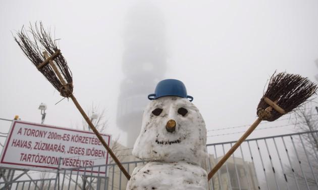 Áprilisi hó a Mátrában, további havazás jöhet