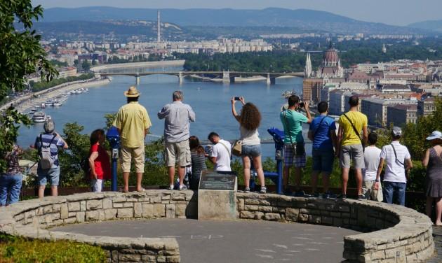 Mit szeretnek a brit turisták Magyarországban?