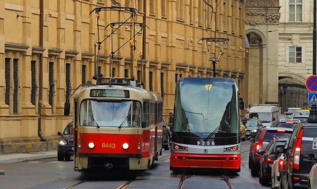 Bulivillamos indul Prágában