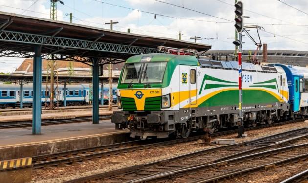 Új expresszvonat jár vasárnaponként Sopronból Budapestre